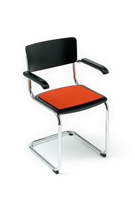 meubelen thonet s 43 kussen. Black Bedroom Furniture Sets. Home Design Ideas