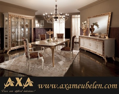 meubelen - Luxe italiaanse hoogglans woonkamer WOISS Meubelen vitrine ...