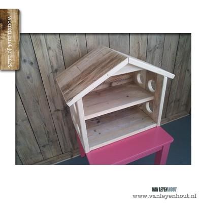 Speelgoed houten poppenhuis sien for Poppenhuis te koop