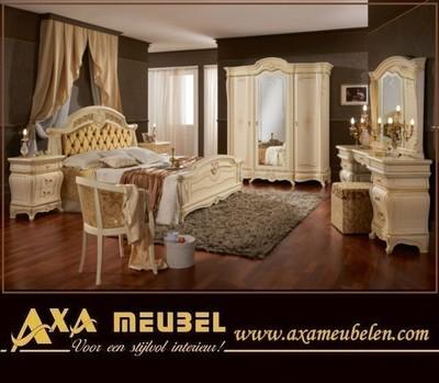 meubelen - Italiaans klassiek hoogglans slaapkamer Meubels WOISS ...