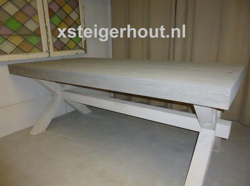 Meubelen kruispoot kasteel tafel bouwpakket steigerhout