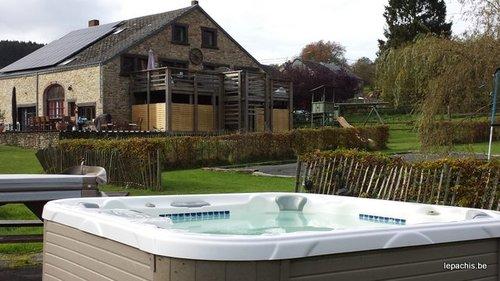 Vakantie ardennen 8 10p vakantiehuis met verwarmd for Vijver te koop ardennen